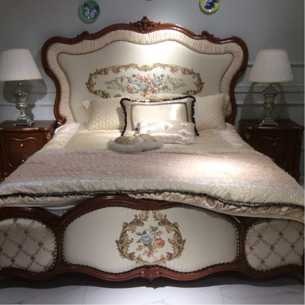 """Кровать (180x200) с вышивкой """"Лоранс (Lorans)"""" —  Карамельный дуб (MK-5430-СO)"""